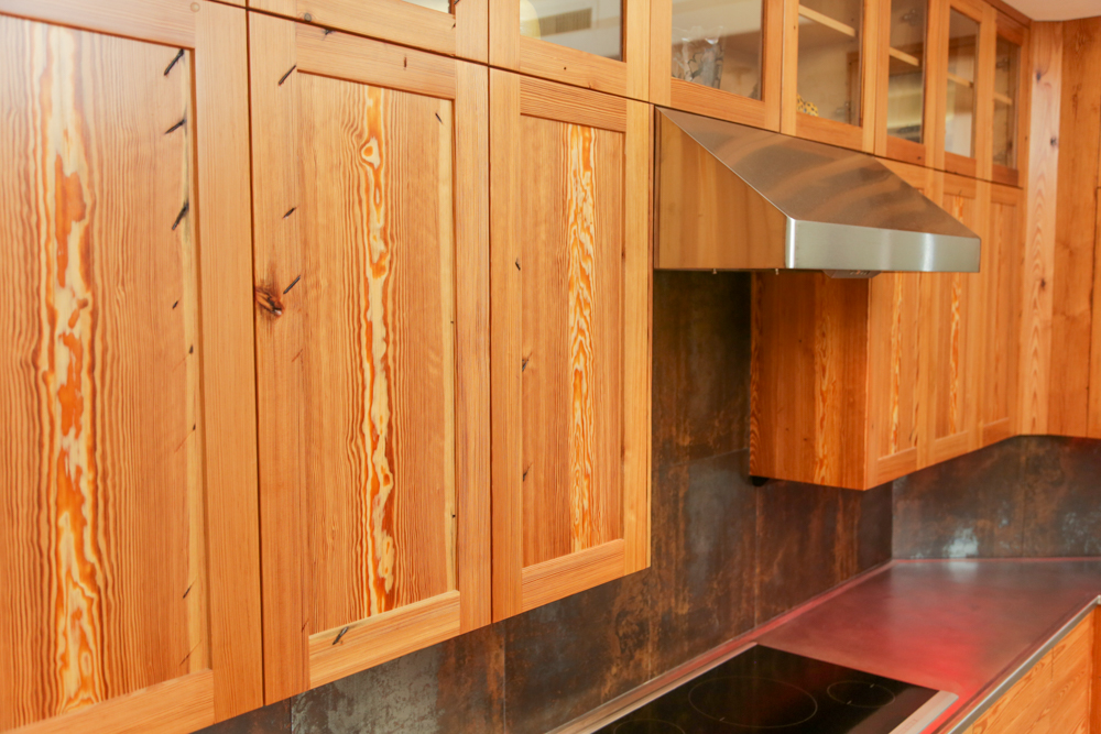 Jason straw woodworker heart pine kitchen cabinets for Pine kitchen furniture